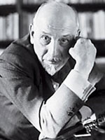 """luigi pirandello war Now that you have read the short story war and watched the short film  1) by  the end of the short story """"war"""" by luigi pirandello i would."""